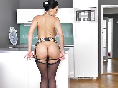 You'll find worthwhile watching amazing Kira Queen masturbate in her lingerie