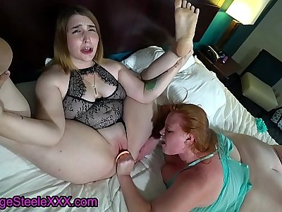 Two Sultry Sluts Make Each Other Cum!