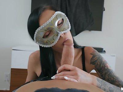 Masked girlfriend Molly Mae & her best friend Marley Brinx swap a big cock. Pt.1