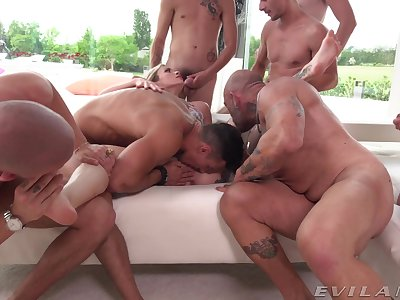 Outr� group sex with be passed on married wife