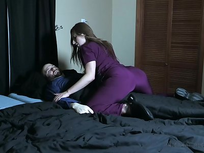 Profligate nurse pees on her turn out that in the event of together with smothers him with her pussy